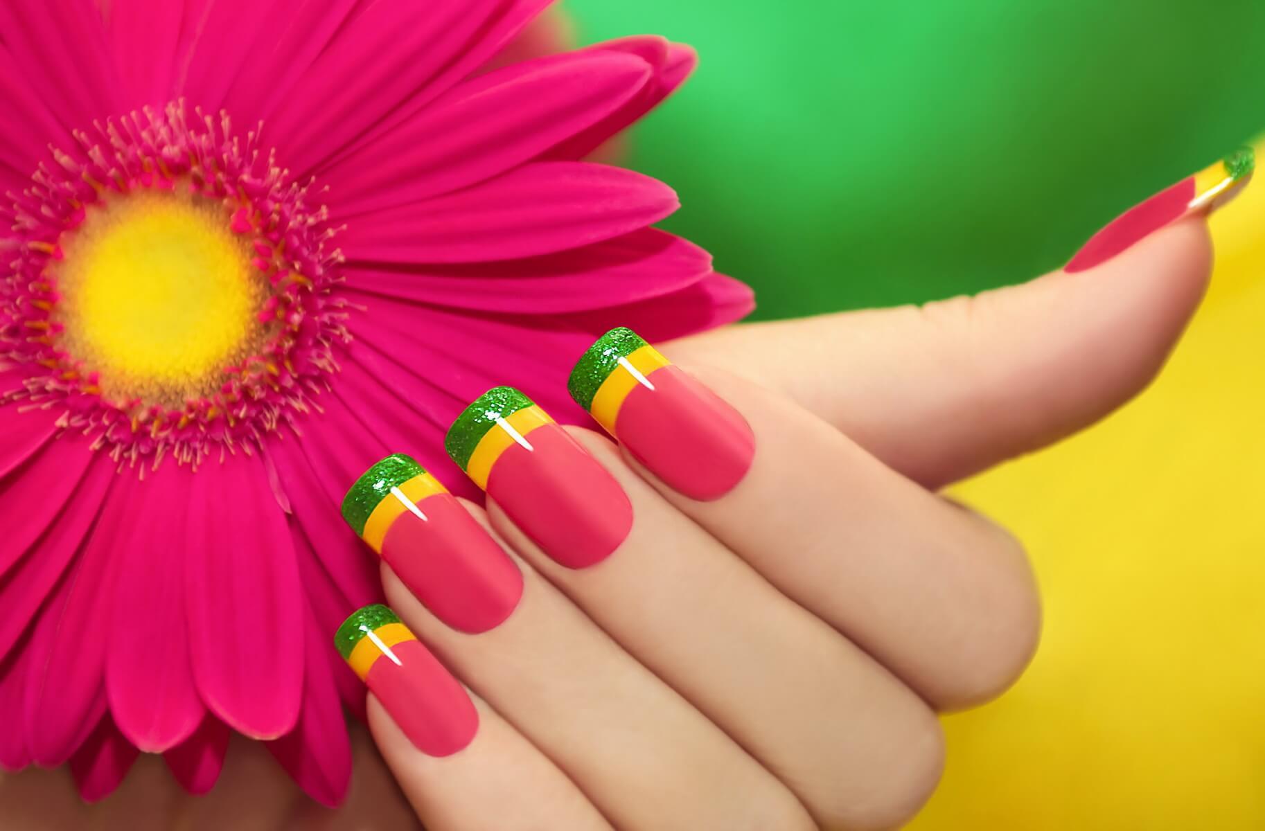 Curso de uñas acrílicas - Técnicas y tendencias